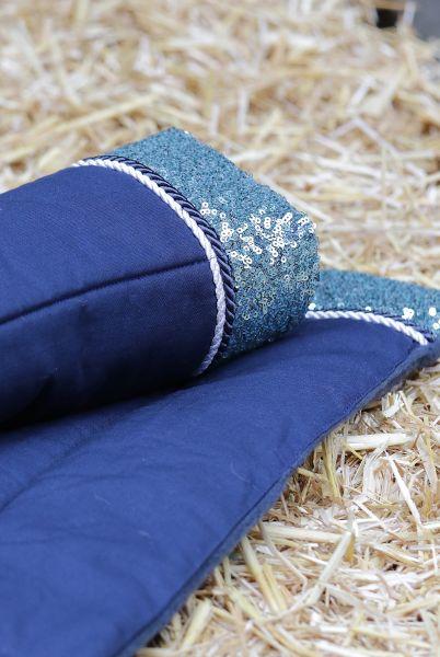 Handgefertigte Bandagierunterlagen blau mit seegrüner Paillette und Kordel